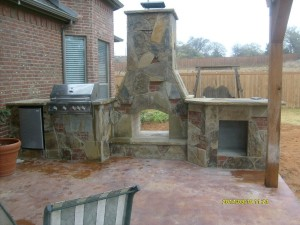 oceanblue_renovations_outdoor_fireplace_1